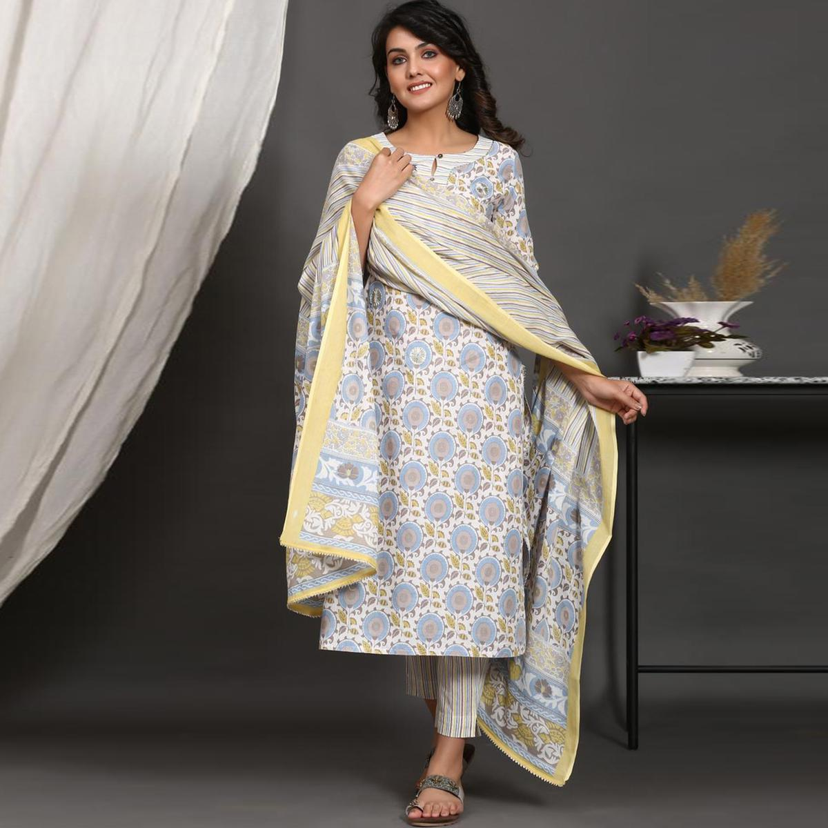 Pleasant Offwhite Colored Casual Wear Printed Cotton Kurti - Pant Set With Dupatta