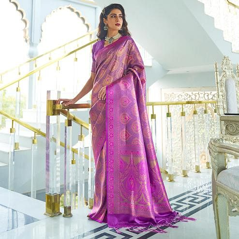 Sophisticated Purple Colored Festive Wear Weaving Handloom Silk Saree
