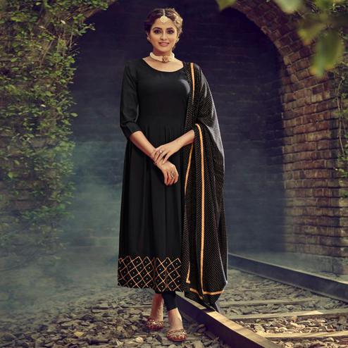 Breathtaking Black Colored Partywear Solid Cotton Kurti With Dupatta