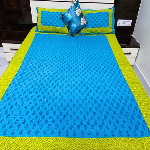 Pooja Fashion - Green Colored Printed Queen Double Cotton Bedsheet With 2 Pillow Cover