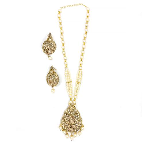 ZaffreCollections - Twinkling Polki Diamond Oval Shape Pendant Set for Women and Girls