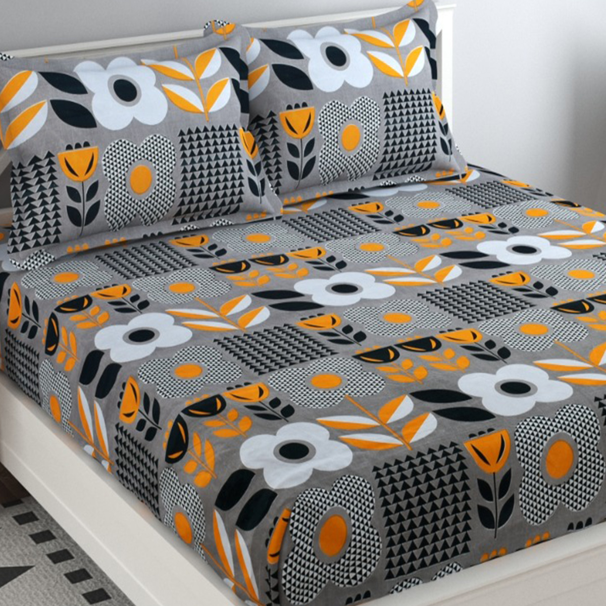 Adirav - Grey Colored Printed Glace Cotton Double Bedsheet With 2 Pillow Cover