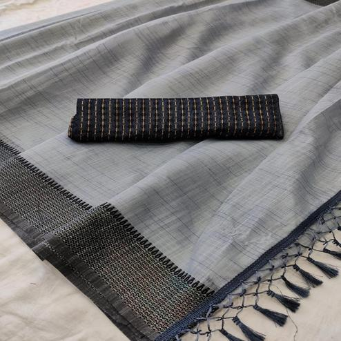 Jazzy Grey Colored lining Pattern Casual Wear Cotton Saree