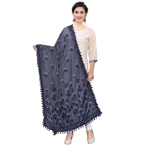 Attractive Grey Colored Floral Jacqaurd Pattern With Lace Soft Lycra Women Dupatta