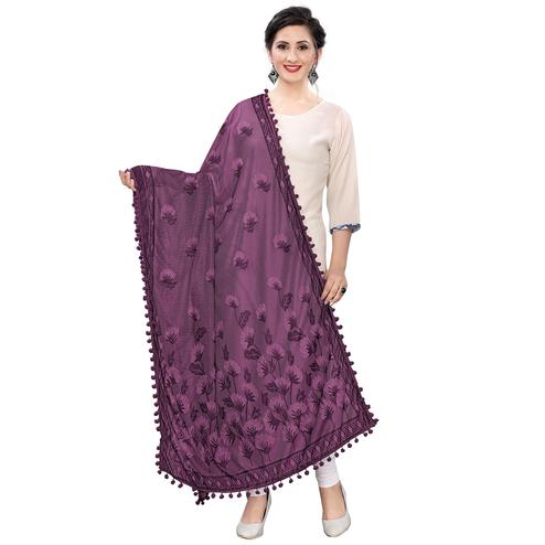 Blooming Wine Colored Floral Jacqaurd Pattern With Lace Soft Lycra Women Dupatta