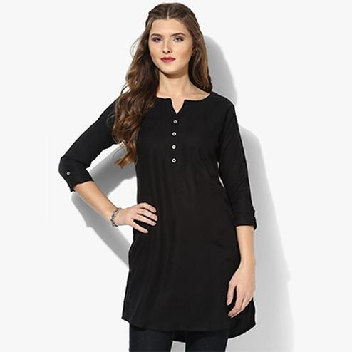 Black Colored Casual Rayon Short Kurti