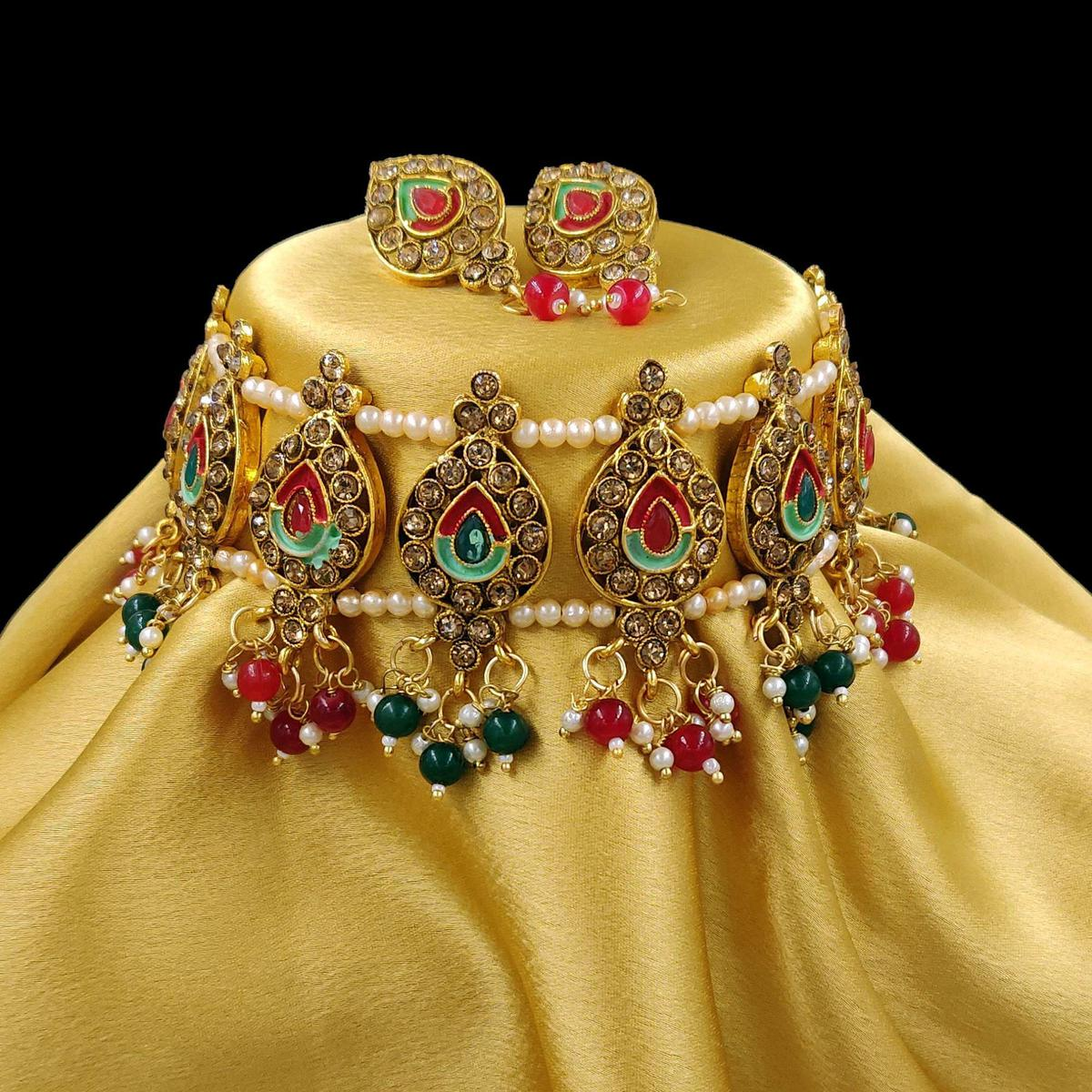 ZaffreCollecitons - Trendy Multicolor Choker Set with Maang Tikka for Women and Girls
