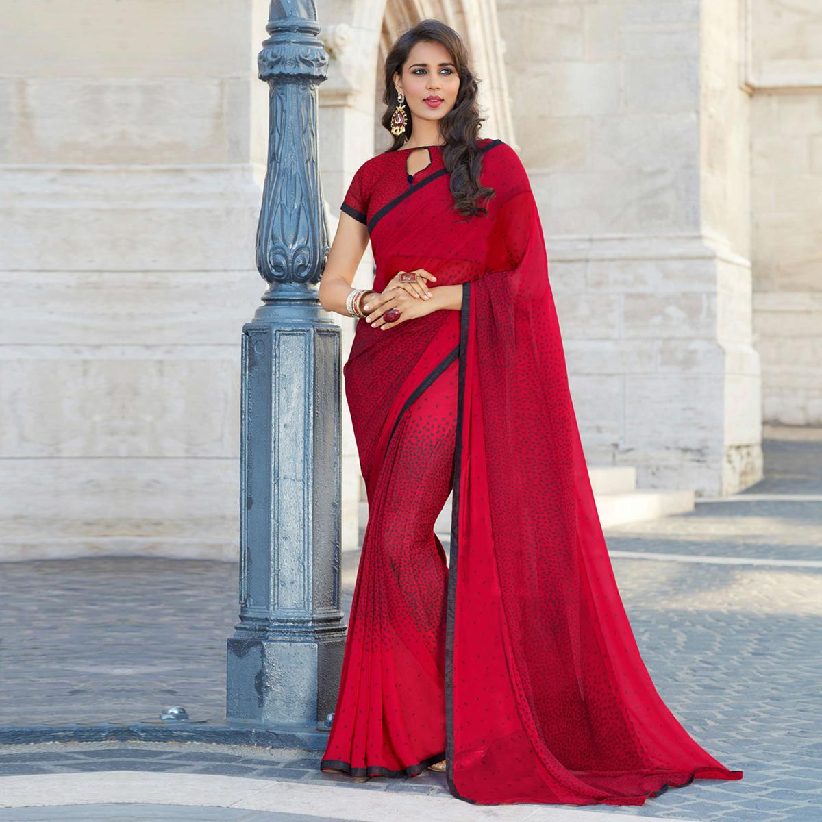 Sizzling Maroon Colored Casual Printed Weightless Georgette Saree
