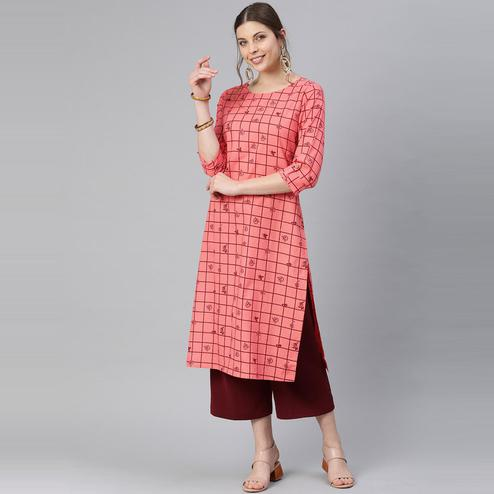 Blissta - Women's Peach Colored Printed Cotton Straight Kurti