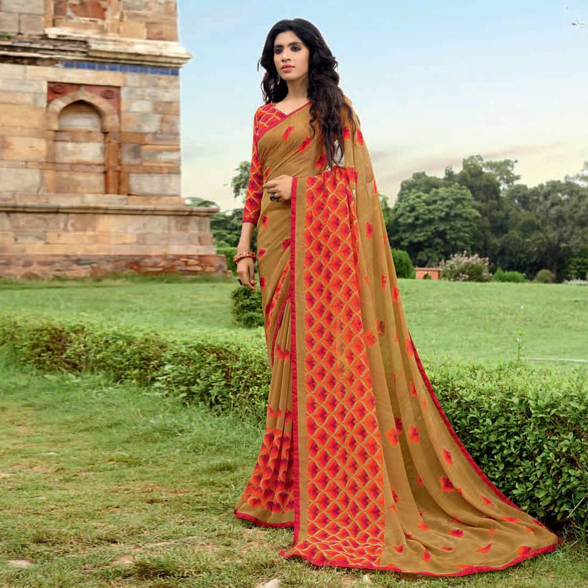Stunning Beige-Pink Colored Casual Printed Weightless Weightless Georgette Saree