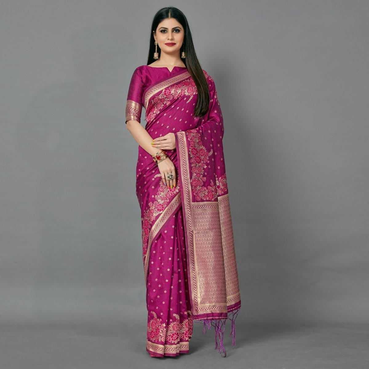 Maroon Casual Silk Blend Printed Saree With Unstitched Blouse