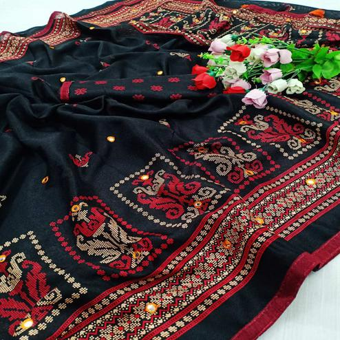 Flamboyant Black Coloured Casual Wear Printed Cotton Jute Saree