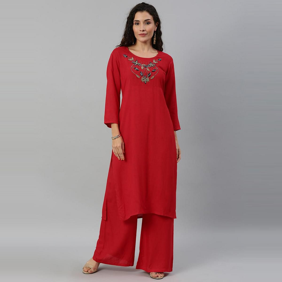 Blissta Women Red Coloured Solid Kurti With Plazzo With Hamd Work Detailing