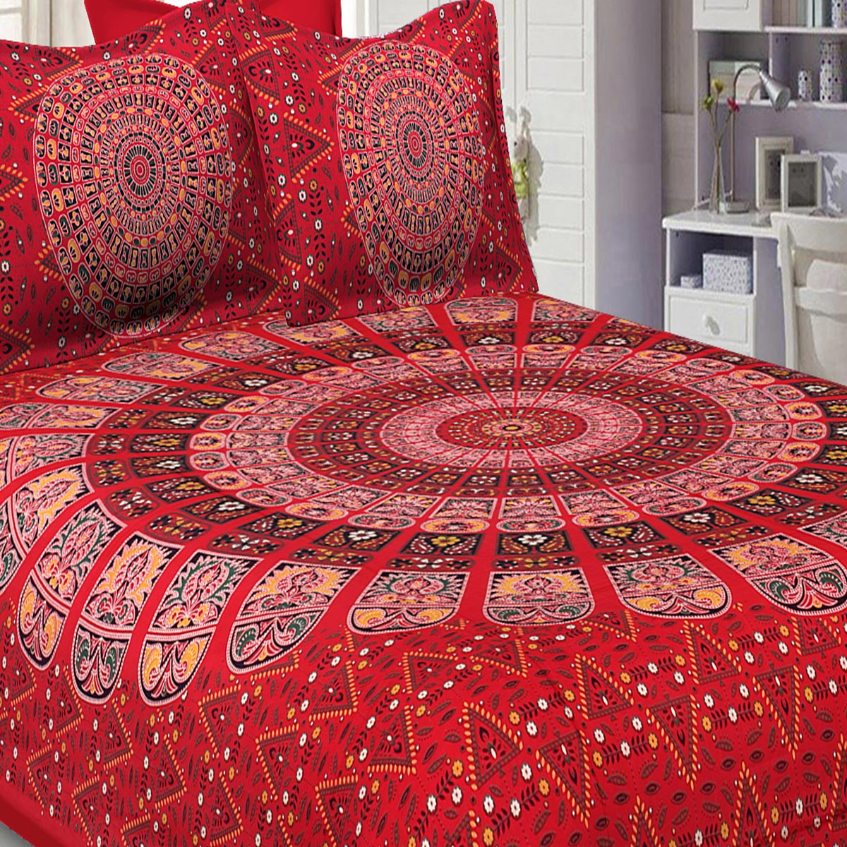 Jaipur Fabric Pure Cotton Red Colored Mandala Zig Zag Printed King Size Double Bedsheet With Two Pillow Covers
