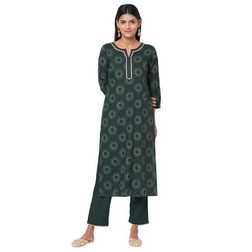 Jazzy Green Coloured Casual Wear Printed Rayon Kurti