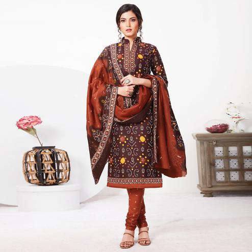 Flaunt Dark Brown Colored Casual Wear Bandhani Printed Pure Cotton Dress Material