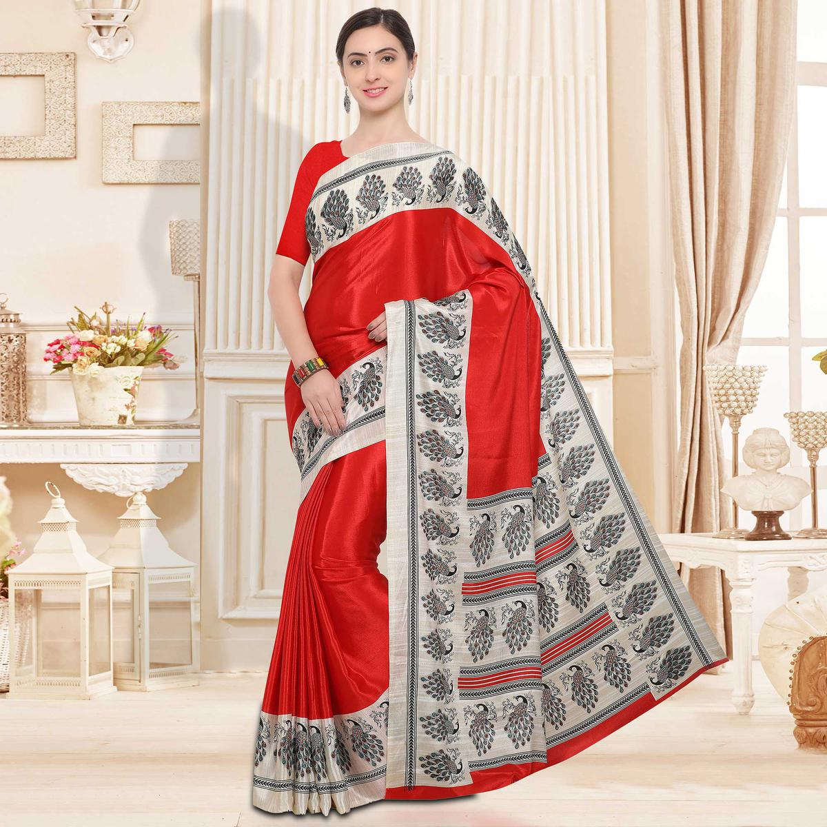 Red Colored Casual Wear Crape Silk Saree