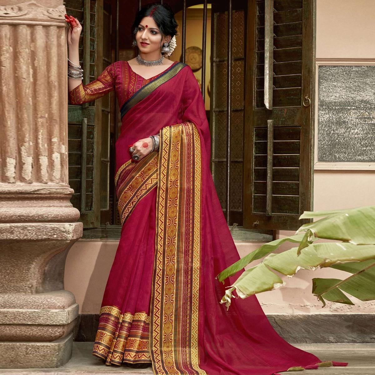 Triveni Magenta-Pink Colored Cotton Silk Solid Saree With Blouse Piece
