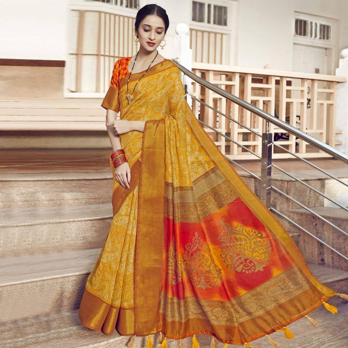Triveni Yellow Colored Cotton Linen Printed Saree With Blouse Piece