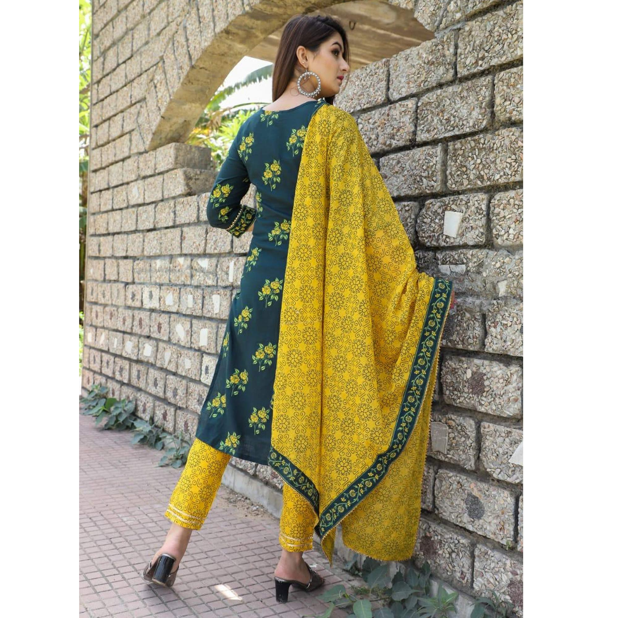 SHIVOM CREATION - Fabulous Design Green Colored Rayon Kurti Pant Set With Dupatta
